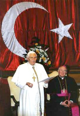 Pope Benedict VI Visits The Vatican Embassy in Ankara, Nov 28, 2006 (REUTERS)