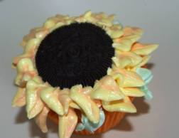 Sunflower Lemon Cupcakes