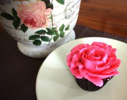 Rose Lemon Cupcakes