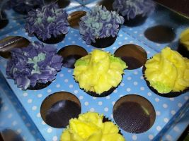 Hydrangea and Daffodil Lemon Cupcakes